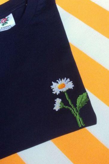 T Shirt Marguerite Bleu Marine