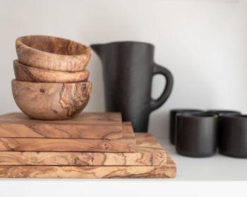 Petite planche à découper en bois d'olivier